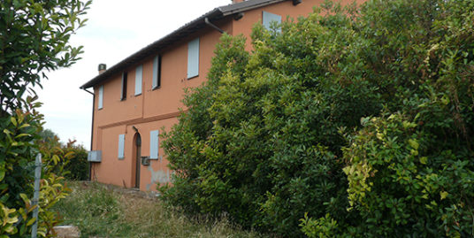 Casa colonica ristrutturata in vendita vicino a Budrio