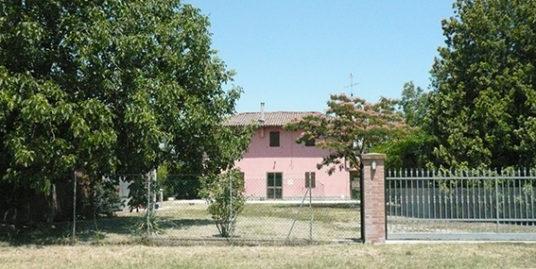 Budrio casa colonica a Vedrana in vendita