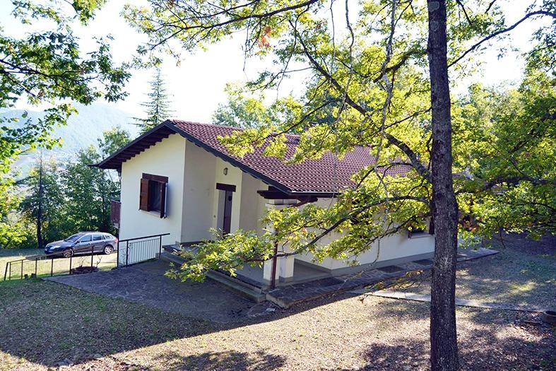 Villa in vendita a Villa d'Aiano di Castel d'Aiano