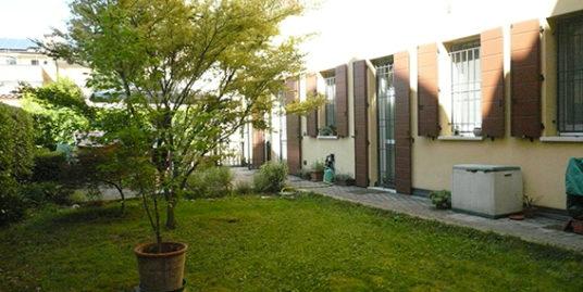 Appartamento con 3 camere e giardino in vendita a Budrio