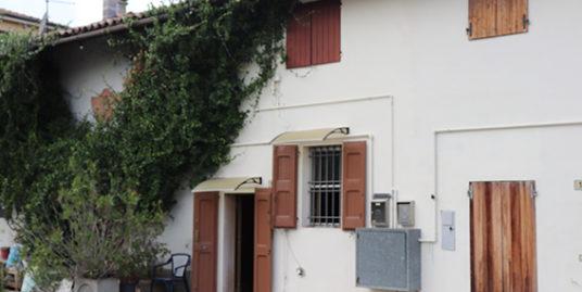Appartamento indipendente in vendita a Molinella