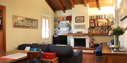 Appartamento in vendita con 3 camere e giardino a Budrio