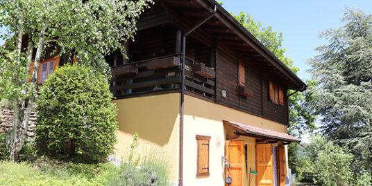 Monterenzio – Villa di Cassano – In vendita villetta indipendente con parco